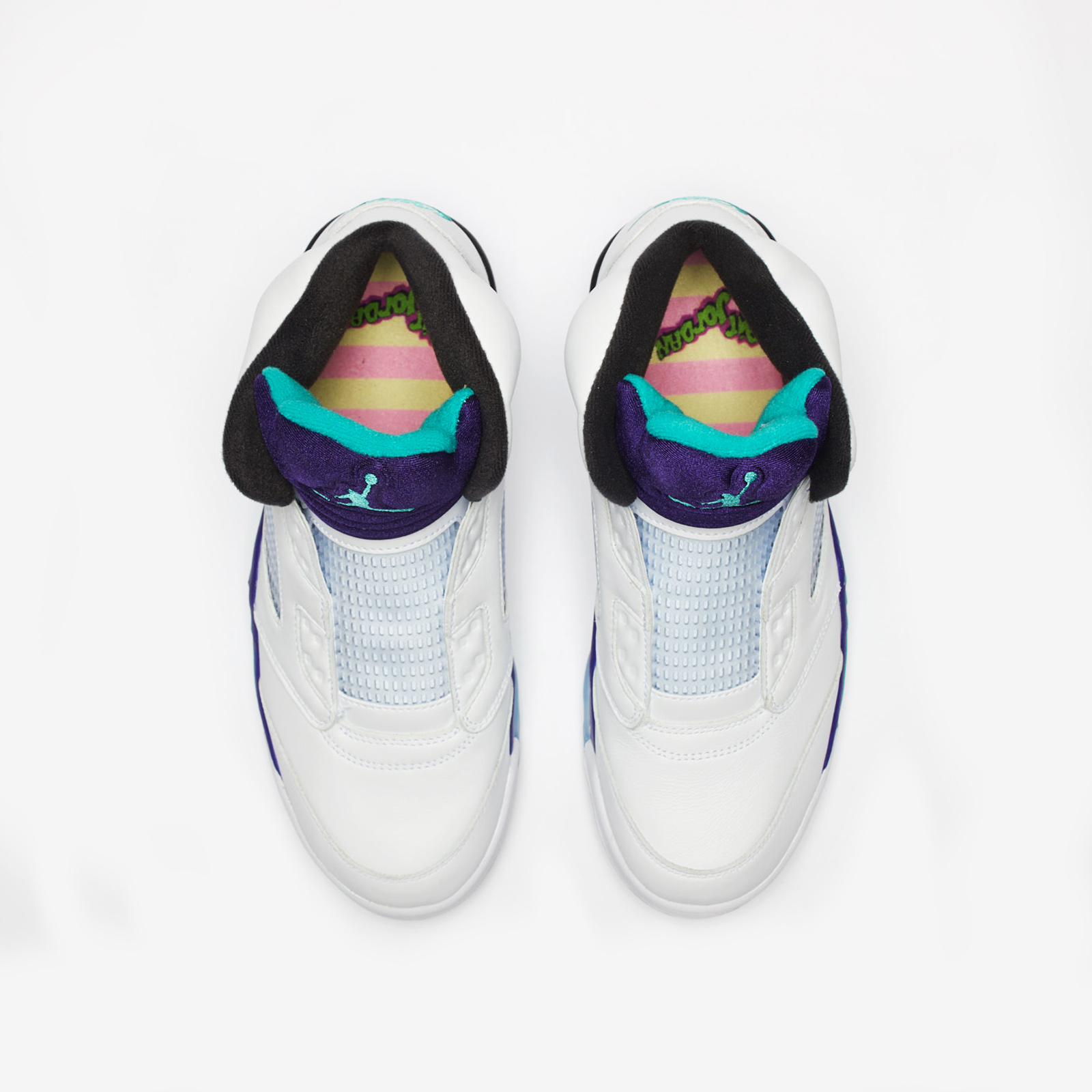 acf2321a0e62 Jordan Brand Air Jordan 5 Retro NRG - Av3919-135 - Sneakersnstuff ...
