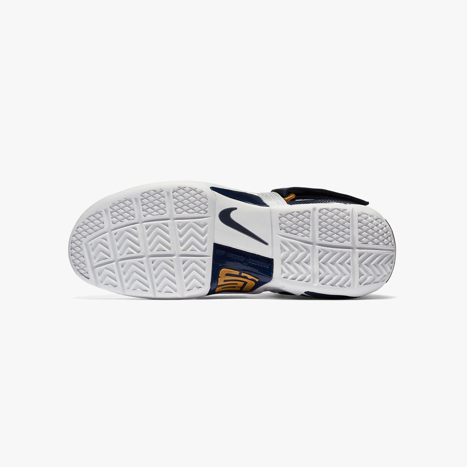 e9d016cb310 Nike Zoom LeBron Soldier CT16 QS - Ao2088-400 - Sneakersnstuff ...