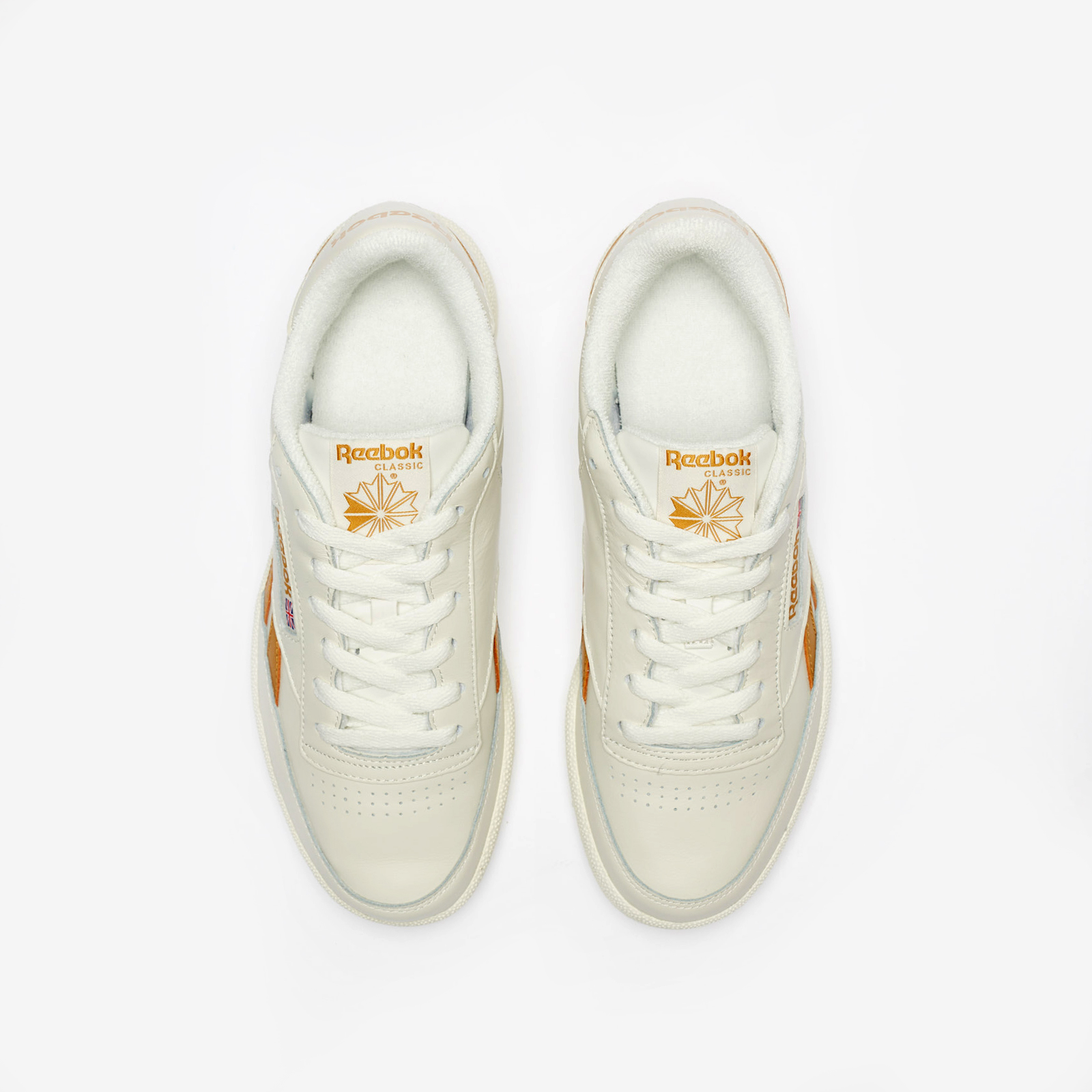 01f3bca74 Reebok Revenge Plus MU - Cn3927 - Sneakersnstuff | sneakers ...