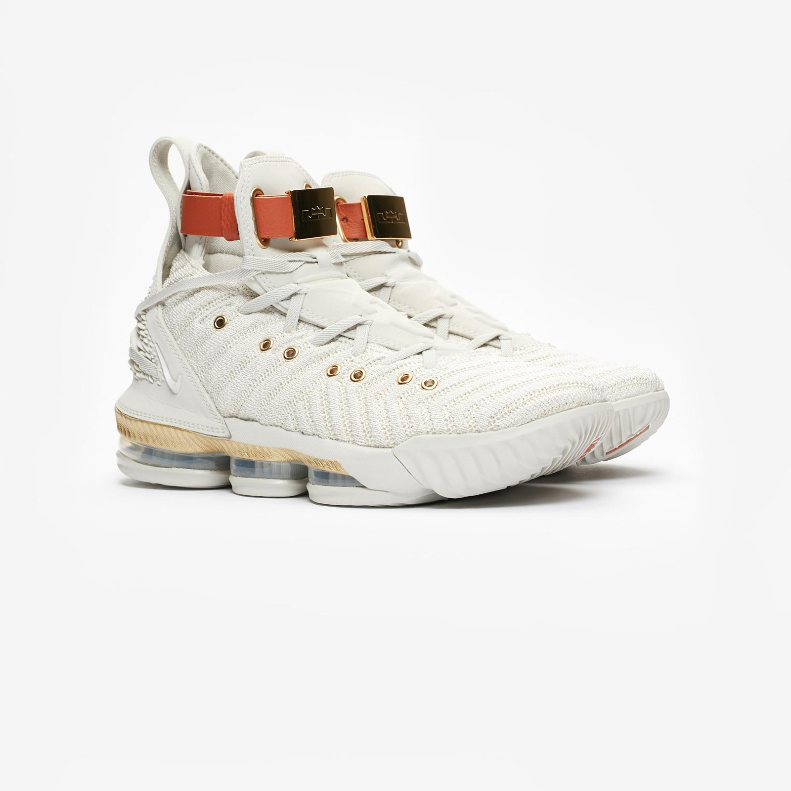 30ec5353e7d2e2 Nike Wmns LeBron XVI LMTD - Bq6583-100 - Sneakersnstuff