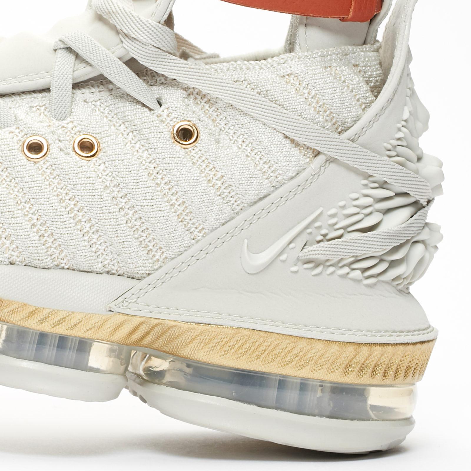 7d23b031364 Nike Wmns LeBron XVI LMTD - Bq6583-100 - Sneakersnstuff