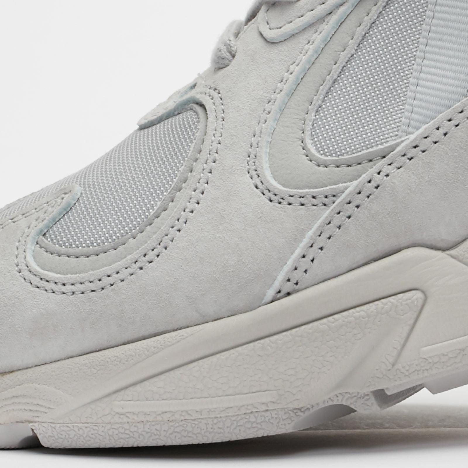 Adidas Yung 1 F37070 Sneakersnstuff Sneakers Streetwear