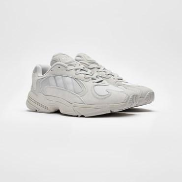 buy online db2de b5942 Rea - Sneakersnstuff   sneakers   streetwear på nätet sen 1999