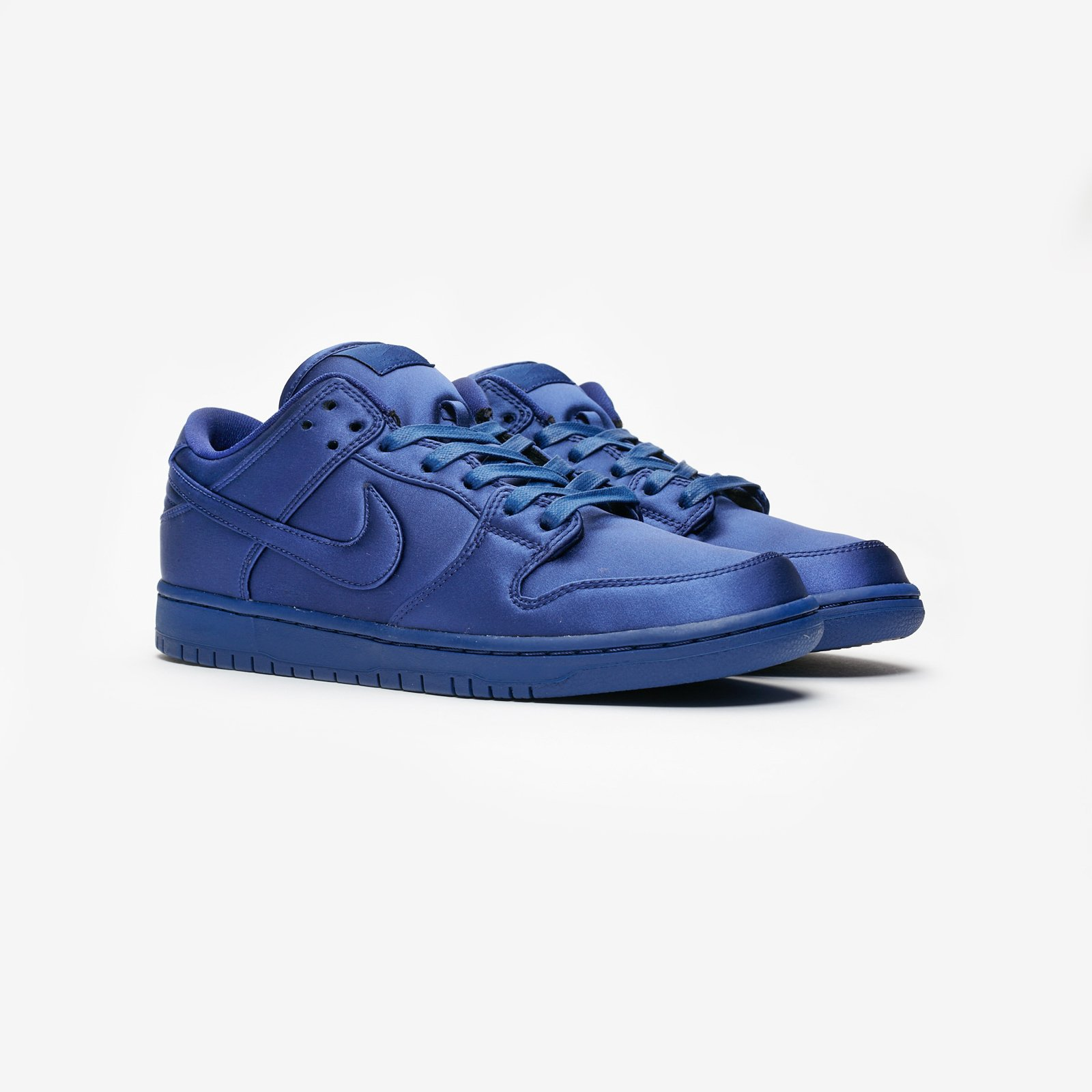 check out 851ec afdec Nike SB Dunk Low TRD NBA - Ar1577-446 - Sneakersnstuff | sneakers ...