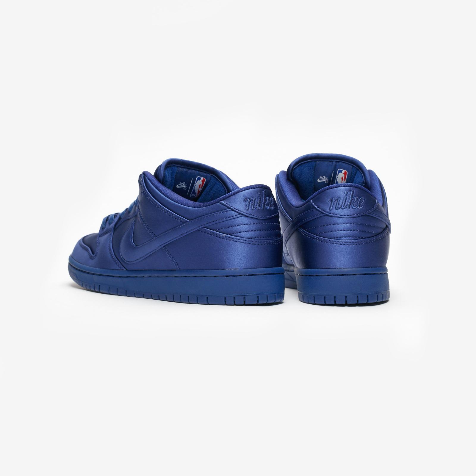 sports shoes dc220 1d173 Nike SB Dunk Low TRD NBA - Ar1577-446 - Sneakersnstuff   sneakers    streetwear online since 1999