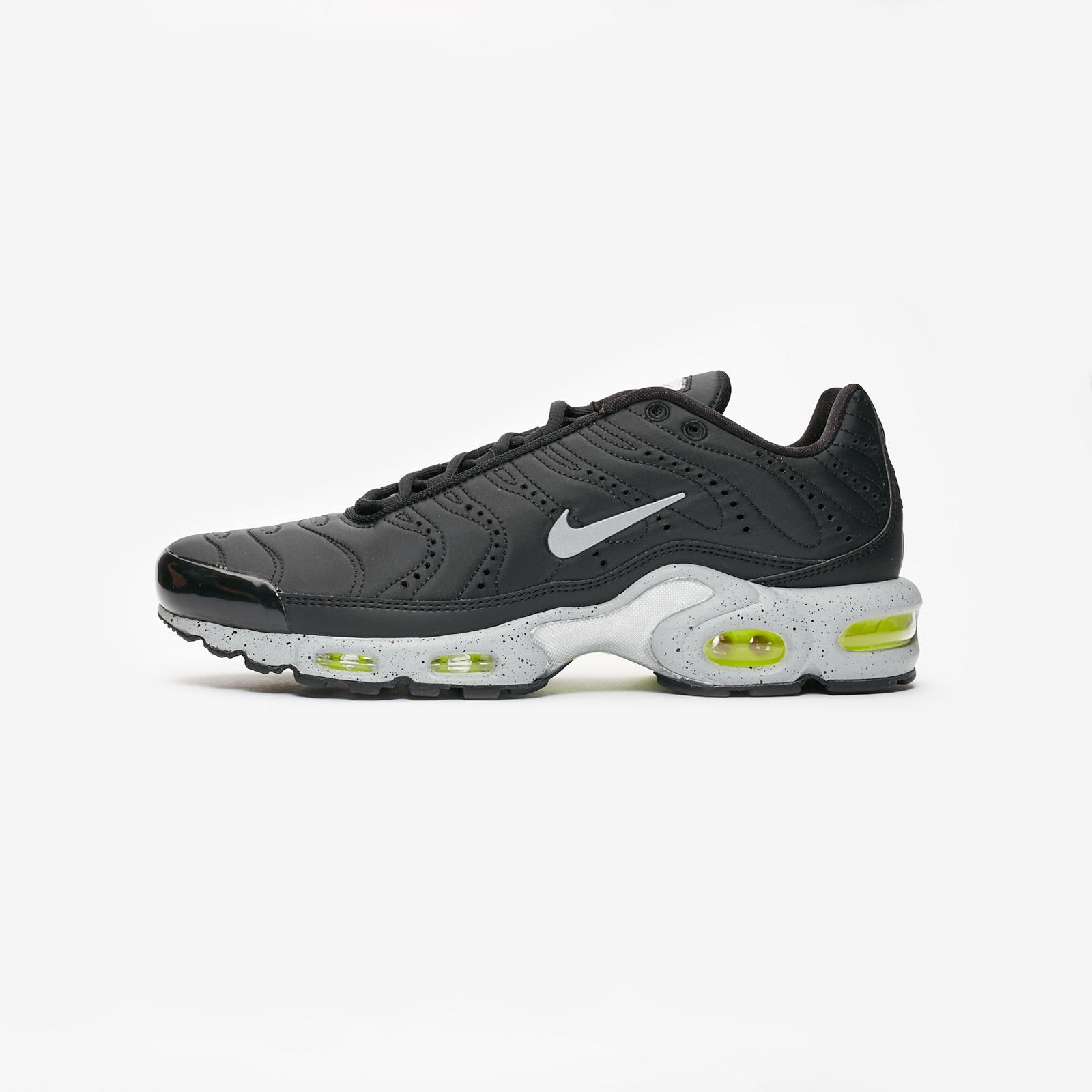 61d6795e49 Nike Air Max Plus Premium - 815994-003 - Sneakersnstuff | sneakers &  streetwear online since 1999