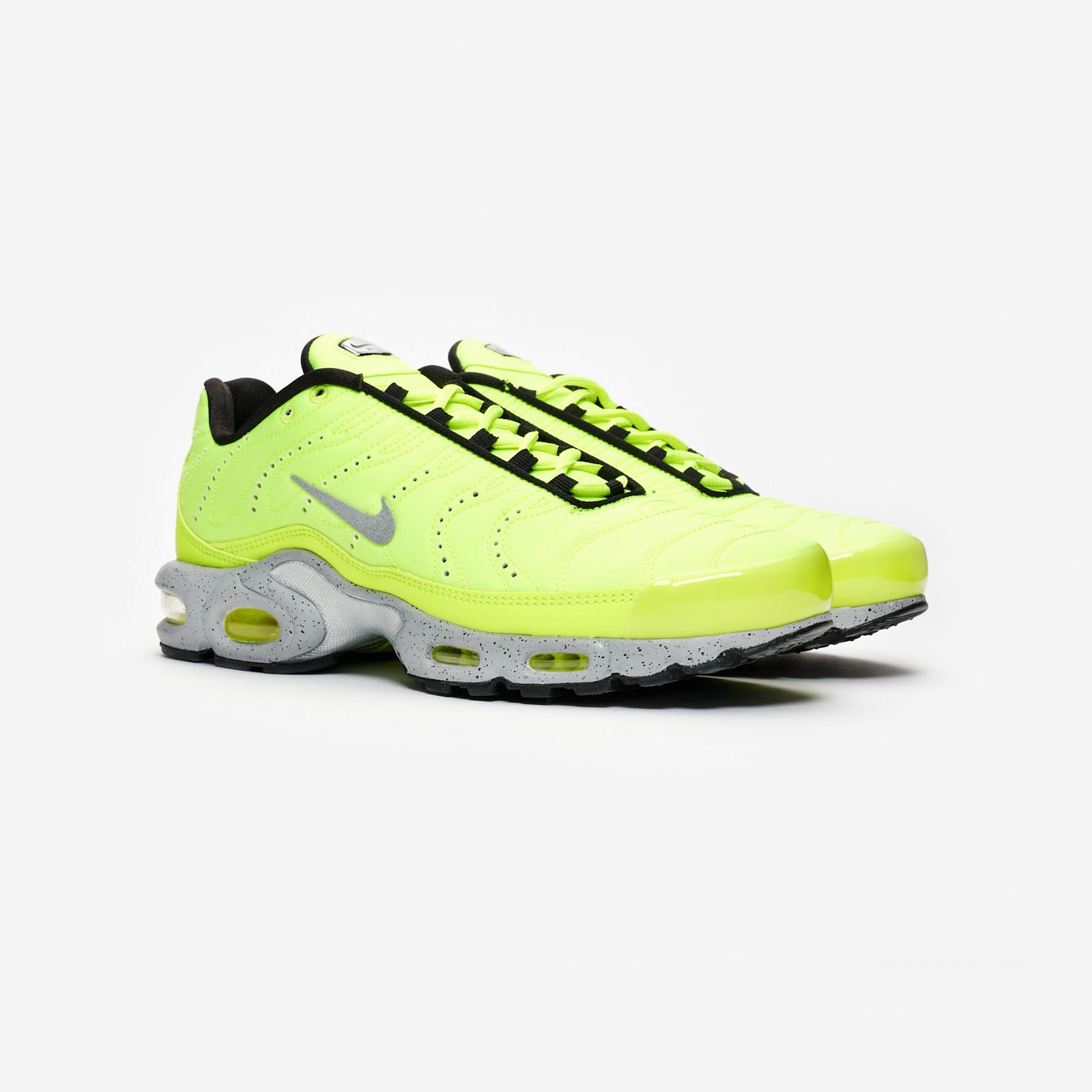 41fc211960 Nike Air Max Plus Premium - 815994-700 - Sneakersnstuff | sneakers ...
