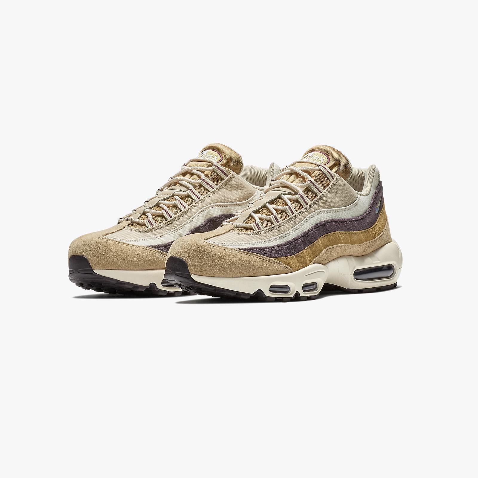 3a6ce78ddf Nike Air Max 95 Premium - 538416-205 - Sneakersnstuff | sneakers &  streetwear online since 1999
