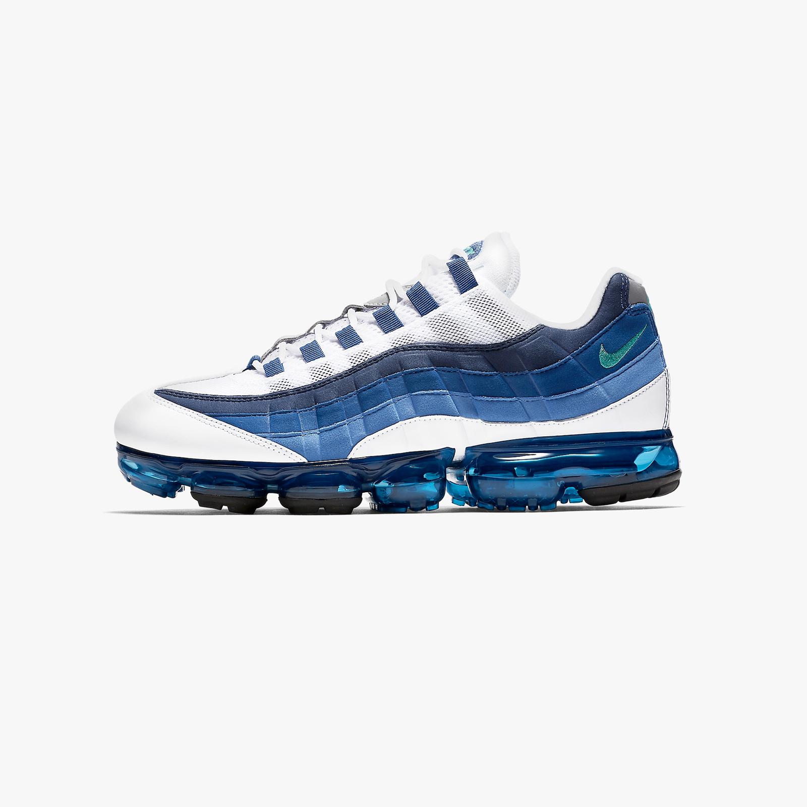 quality design 49570 4f7bd Nike Air Vapormax 95 - Aj7292-100 - Sneakersnstuff   sneakers & streetwear  online since 1999