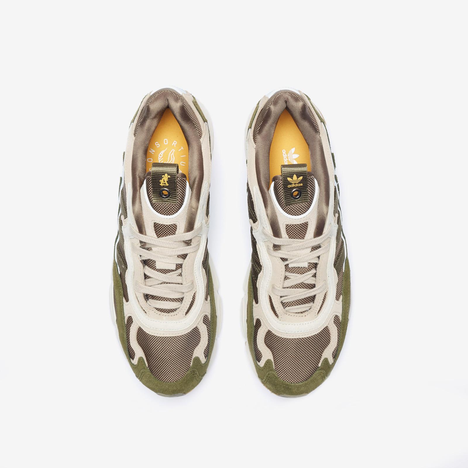 new product b0fdb 2eafc adidas Consortium Temper Run x St. Alfred - 7. Close