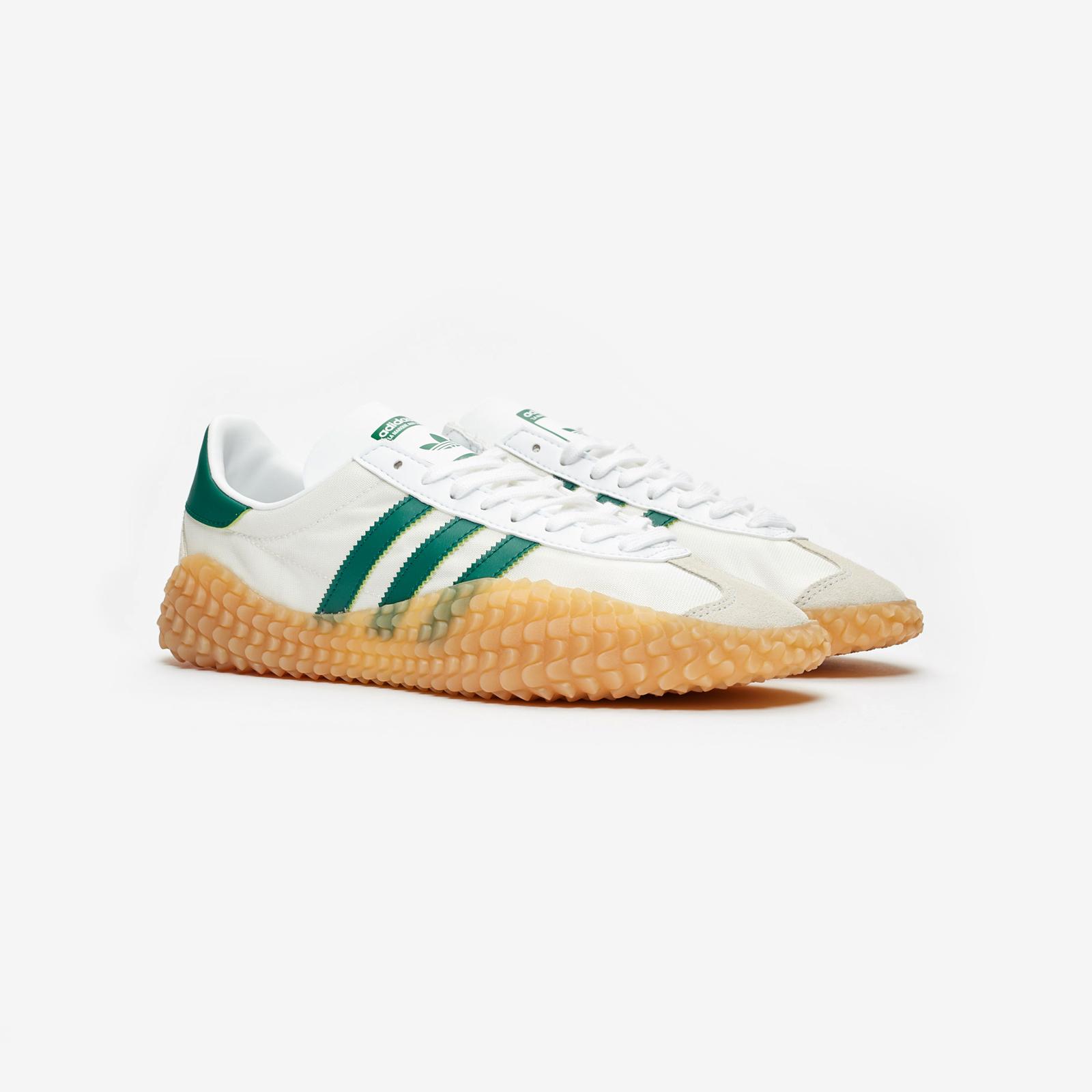 sports shoes cc46a d8f66 adidas Originals Country x Kamanda
