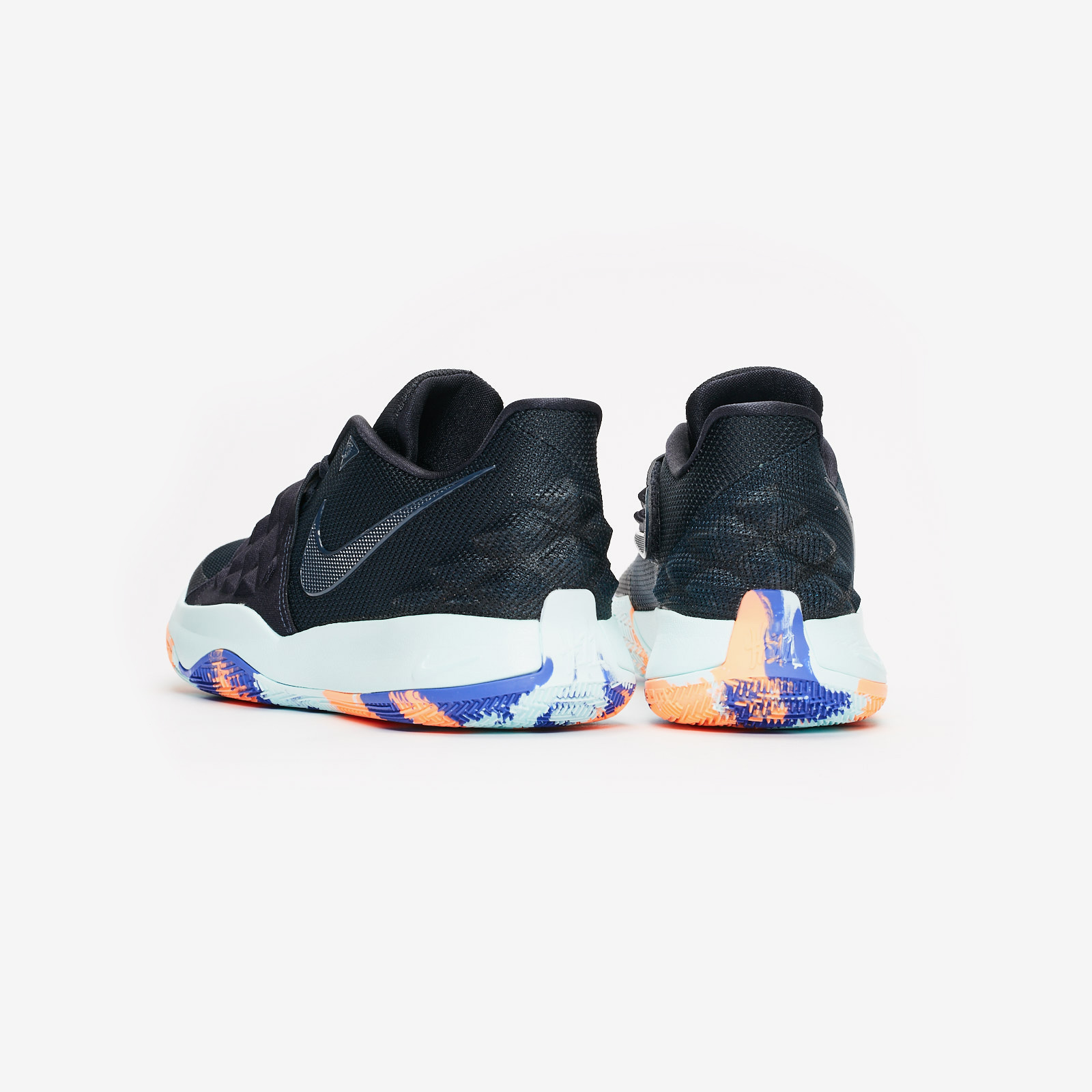 Nike Basketball Kyrie Low Nike Basketball Kyrie Low ... 9b697f66d