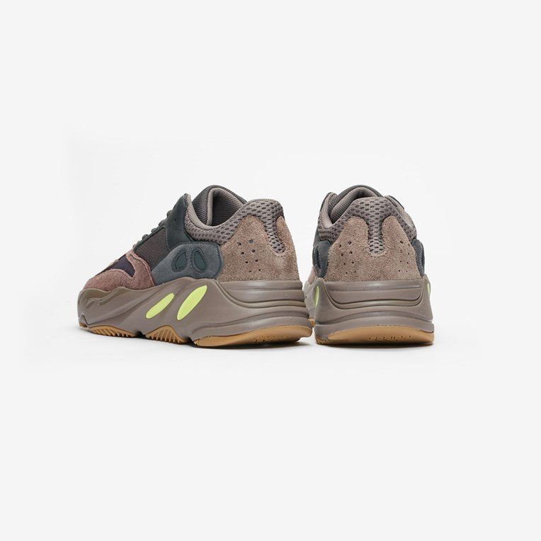 adidas Originals x Kanye West YEEZY BOOST 700 - 2