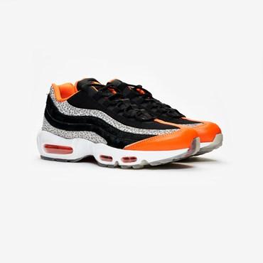 buy online 555c3 c21da Rea - Sneakersnstuff   sneakers   streetwear på nätet sen 1999