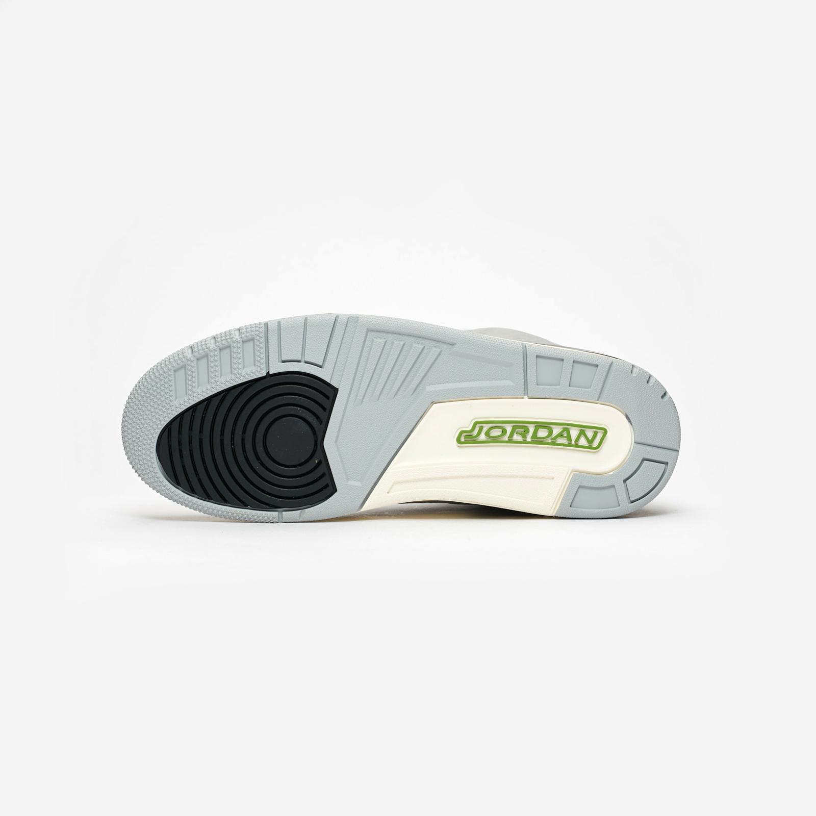 e9ca8b1d0670b1 Jordan Brand Air Jordan 3 Retro - 136064-006 - Sneakersnstuff ...