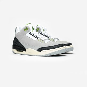 new concept e7e7b 1f6d5 Air Jordan 3 Retro