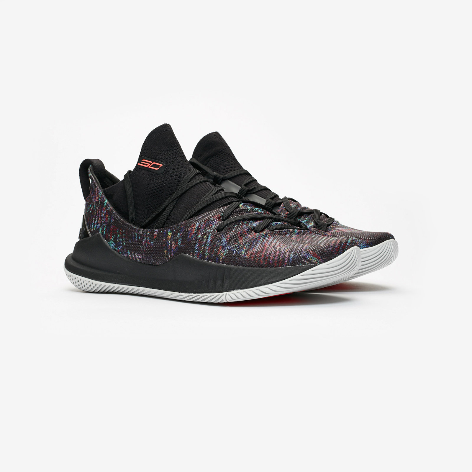 8be7e115299 Under Armour Curry 5 - 3020657-005 - Sneakersnstuff