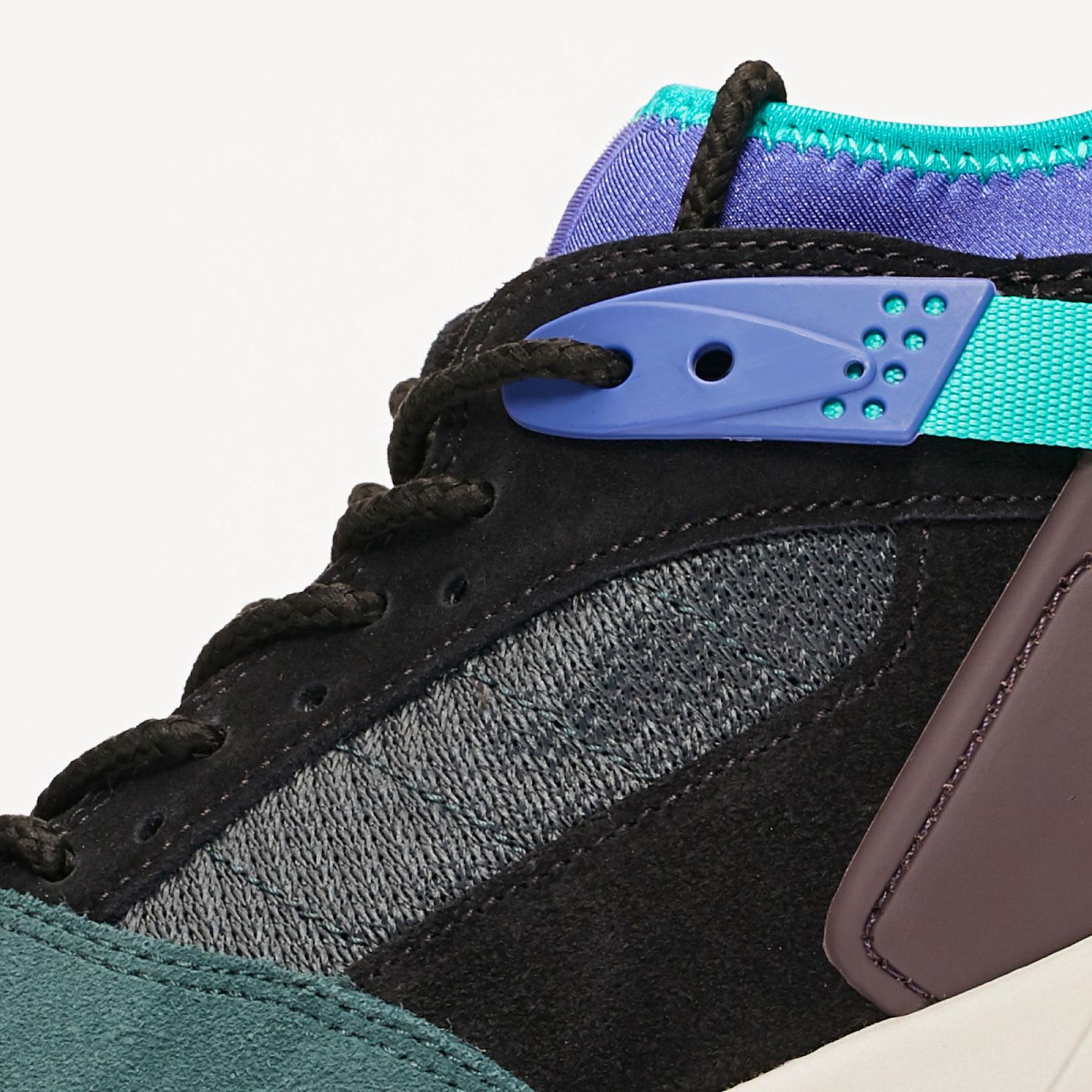 861e6d6a1455 Nike Air Revaderchi - Ar0479-003 - Sneakersnstuff