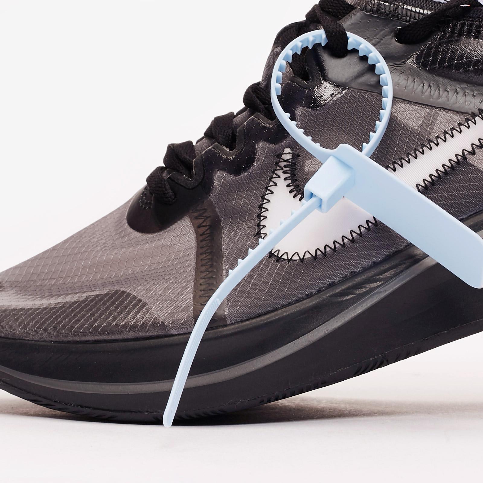 9a93589fab64 Nike The 10  Zoom Fly - Aj4588-001 - Sneakersnstuff