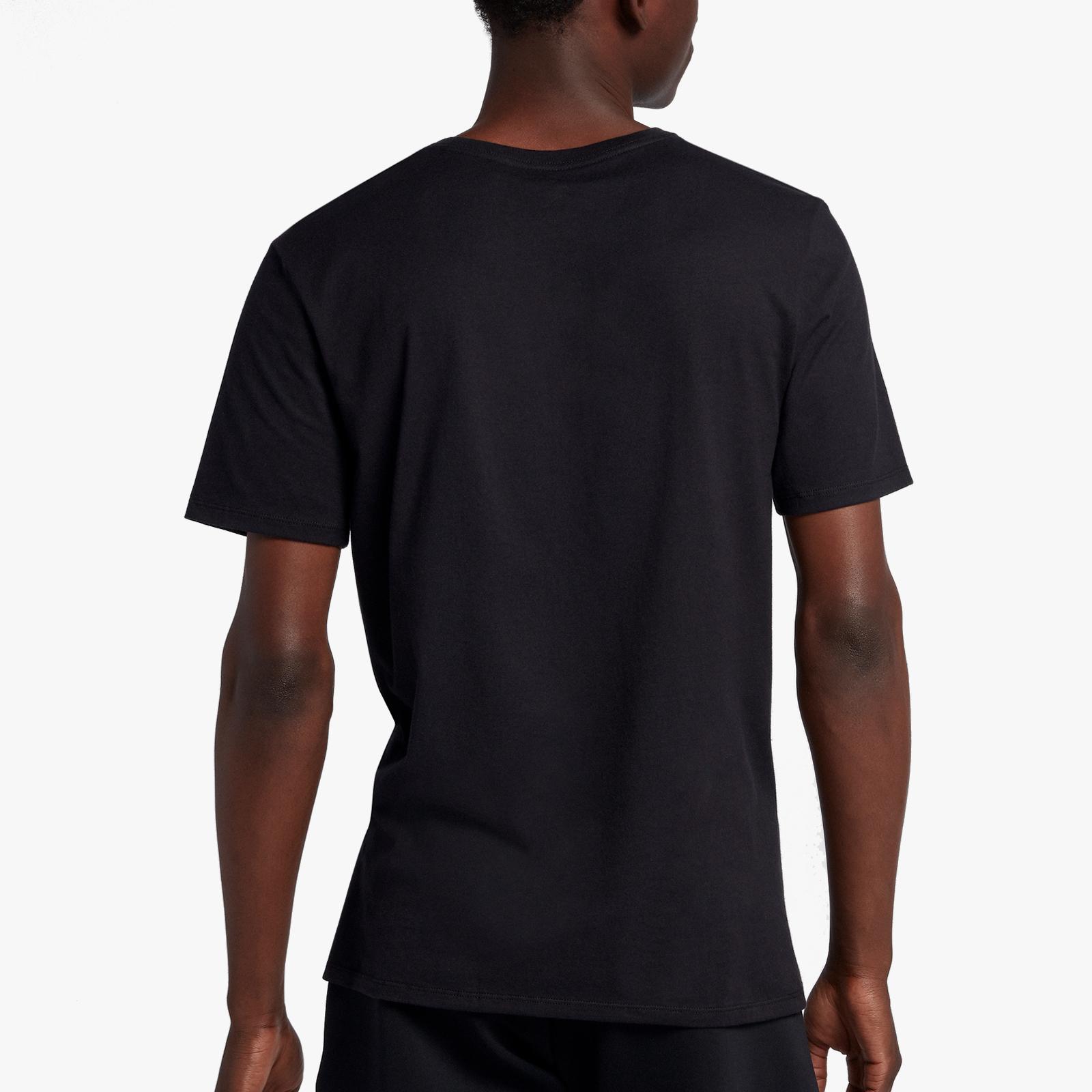 2e24493d8d9 Jordan Brand Legacy AJ11 Tee 3 - Bq0262-010 - Sneakersnstuff | sneakers &  streetwear online since 1999