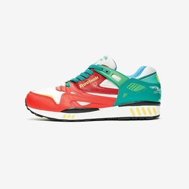 reputable site 1a377 2efcc SNS Raffles - Sneakersnstuff   sneakers   streetwear på nätet sen 1999