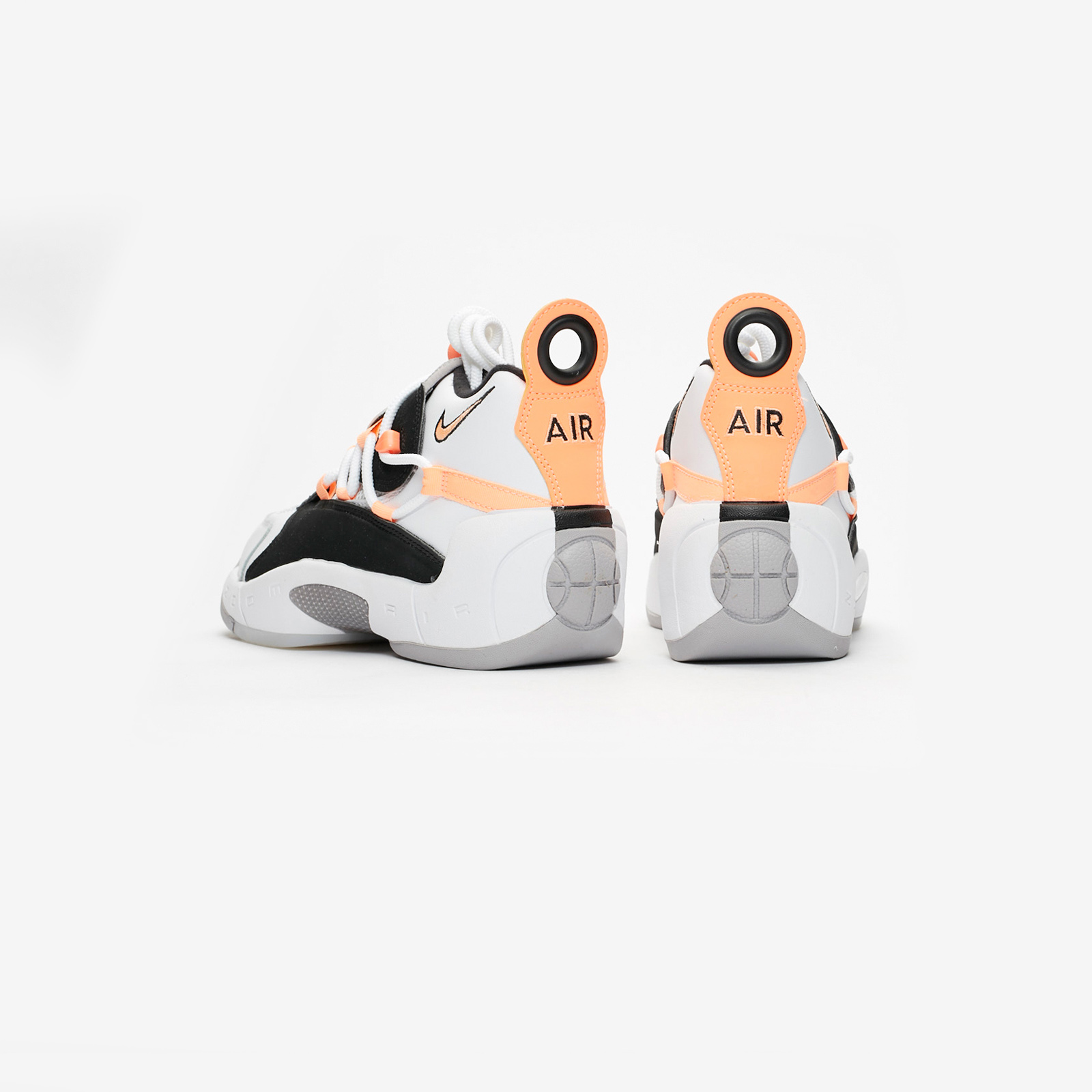 70e4b2c3a55 Nike Wmns Air Swoopes II - 917592-102 - Sneakersnstuff