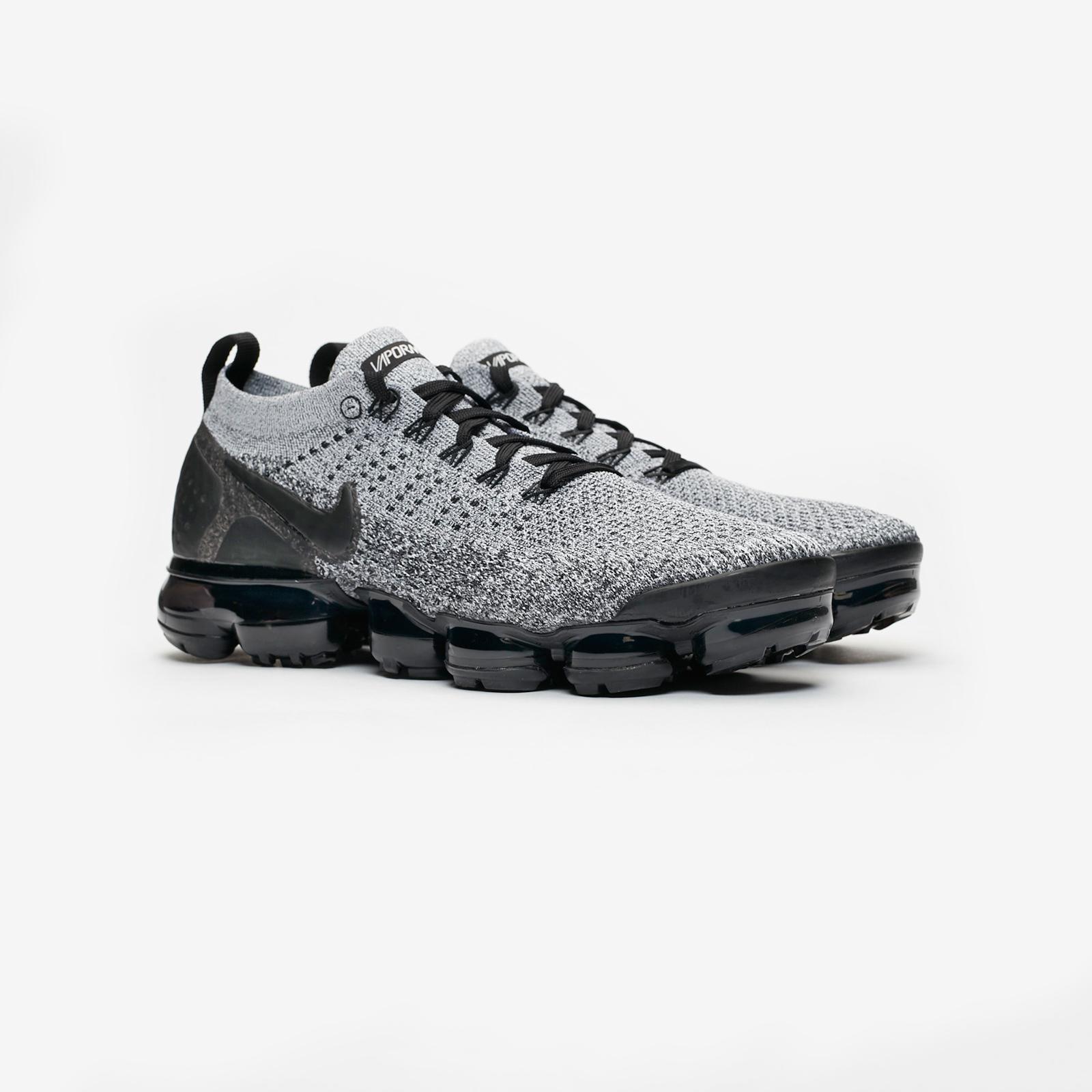 Nike Air Vapormax Flyknit 2 - 942842-107 - Sneakersnstuff  312f74bd4