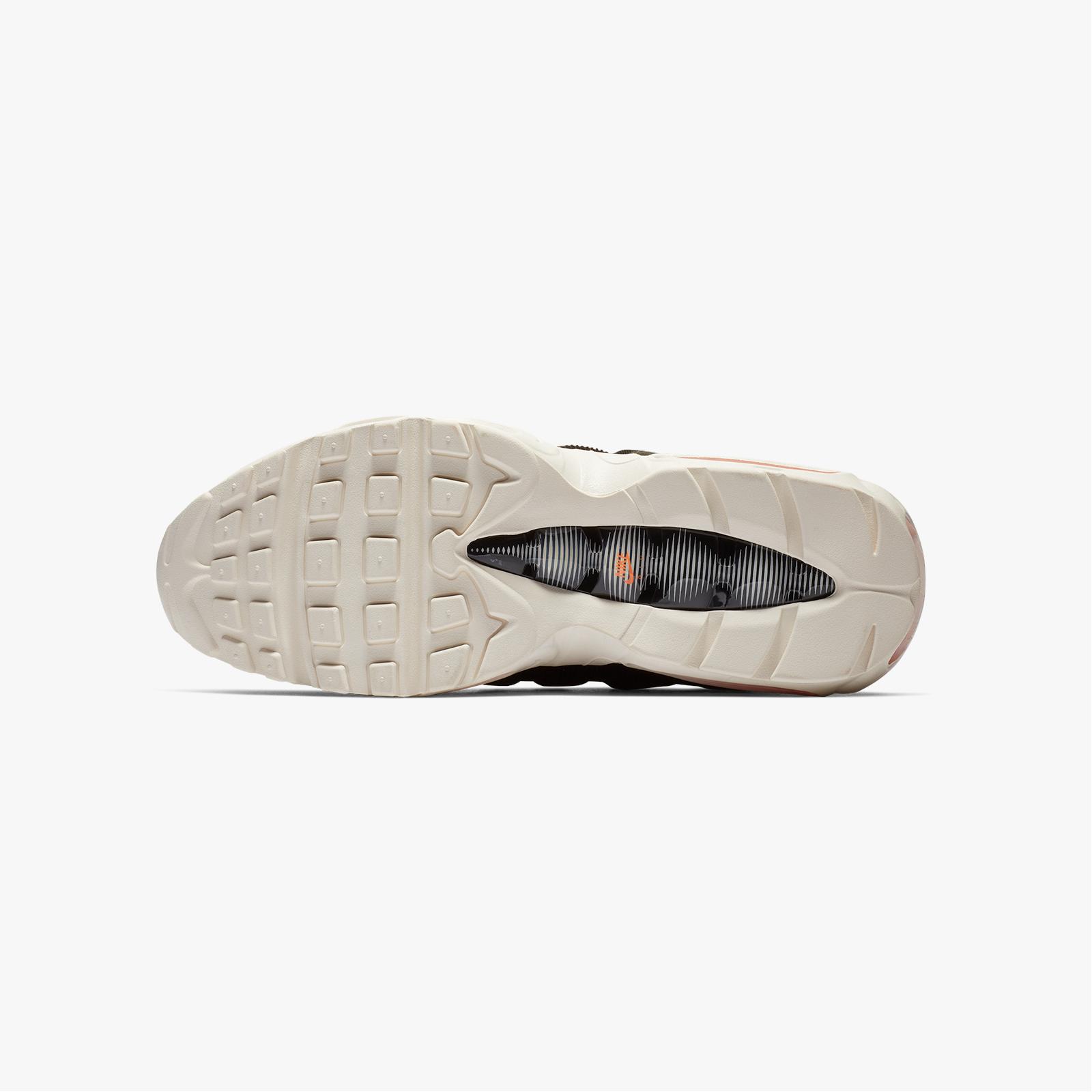 Nike Air Max 95 x Carhartt WIP - Av3866-001 - Sneakersnstuff ... e2591850f
