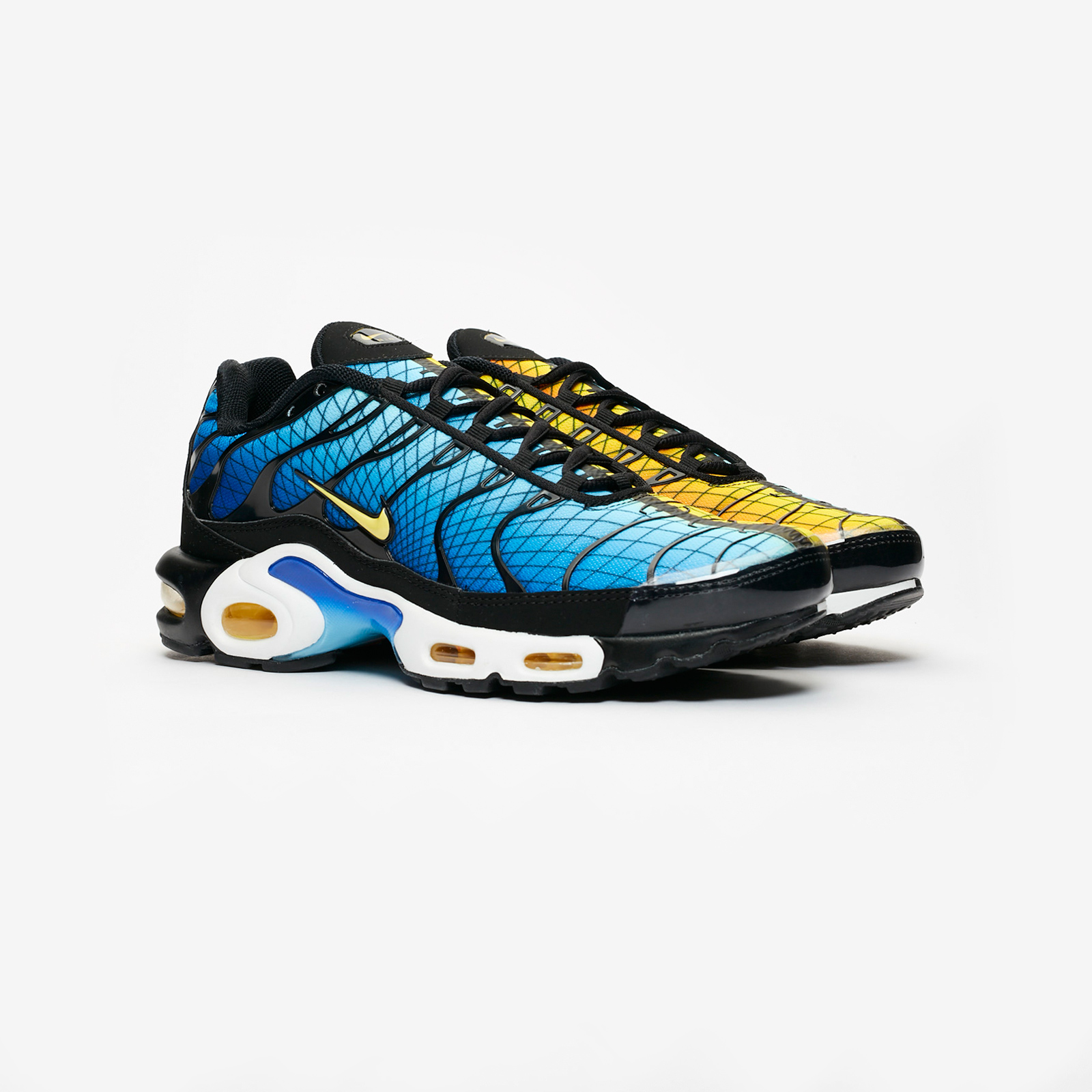 5efa8ceed958 Nike Air Max Plus - Av7021-001 - Sneakersnstuff