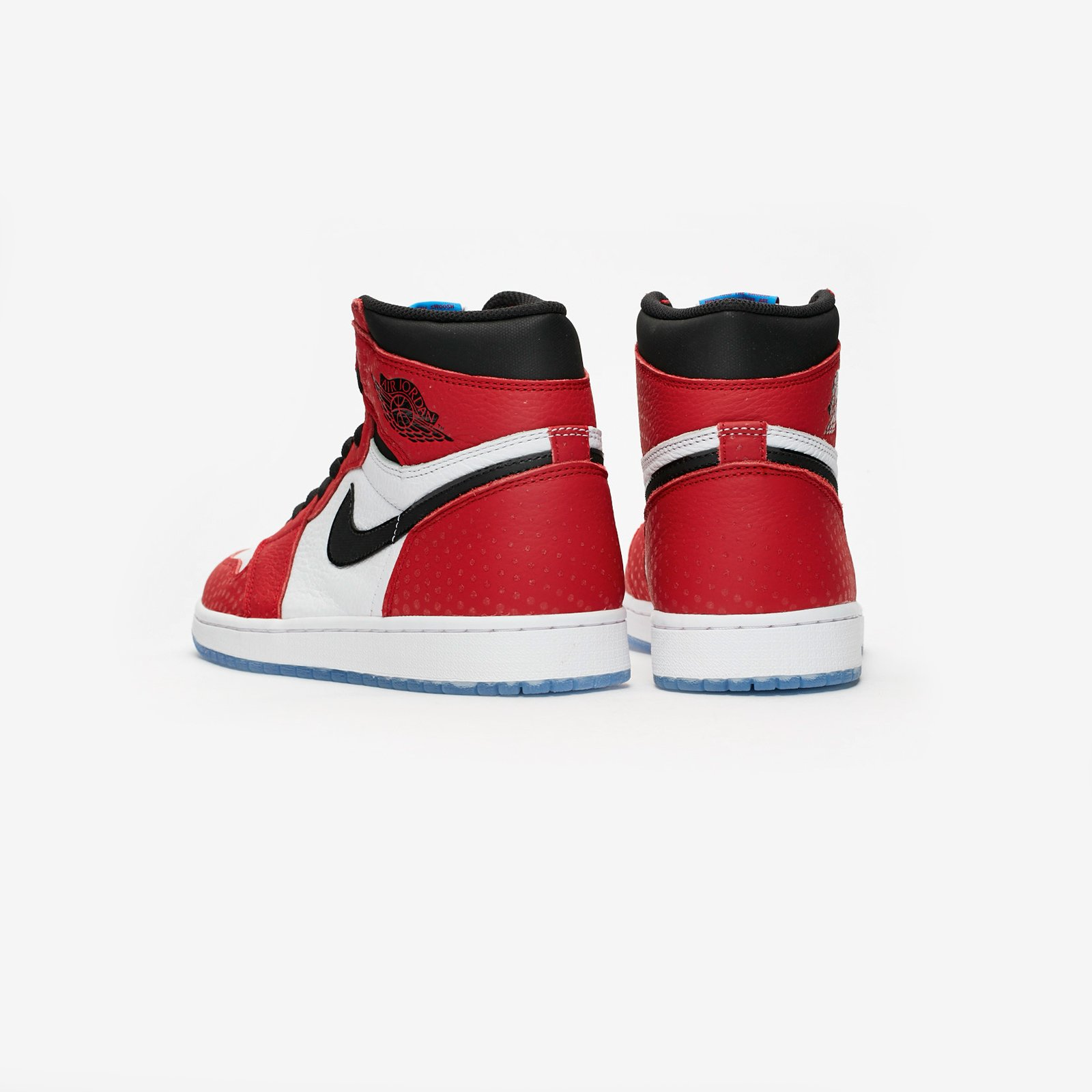 a4dc4bb26199f4 Jordan Brand Air Jordan 1 Retro High OG - 555088-602 - Sneakersnstuff