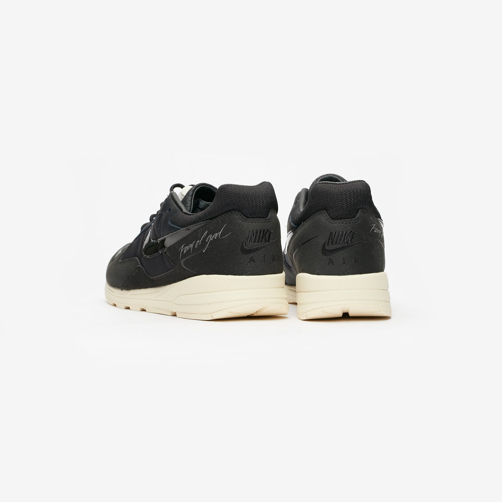 big sale e18c3 c959a Nike Air Skylon II   Fear Of God - Bq2752-001 - Sneakersnstuff   sneakers    streetwear online since 1999