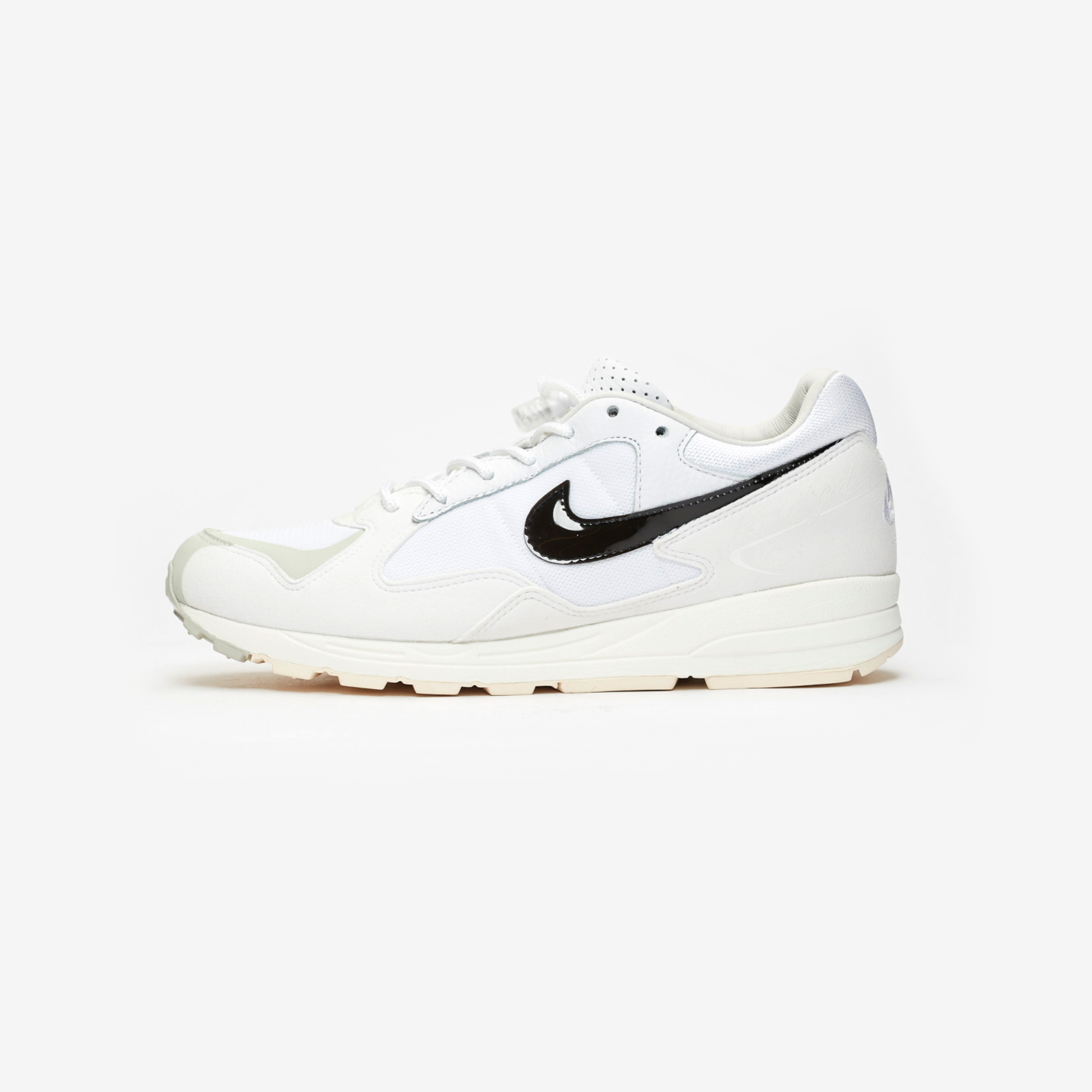 9d39fdf6536e Nike Air Skylon II   Fear Of God - Bq2752-100 - Sneakersnstuff ...