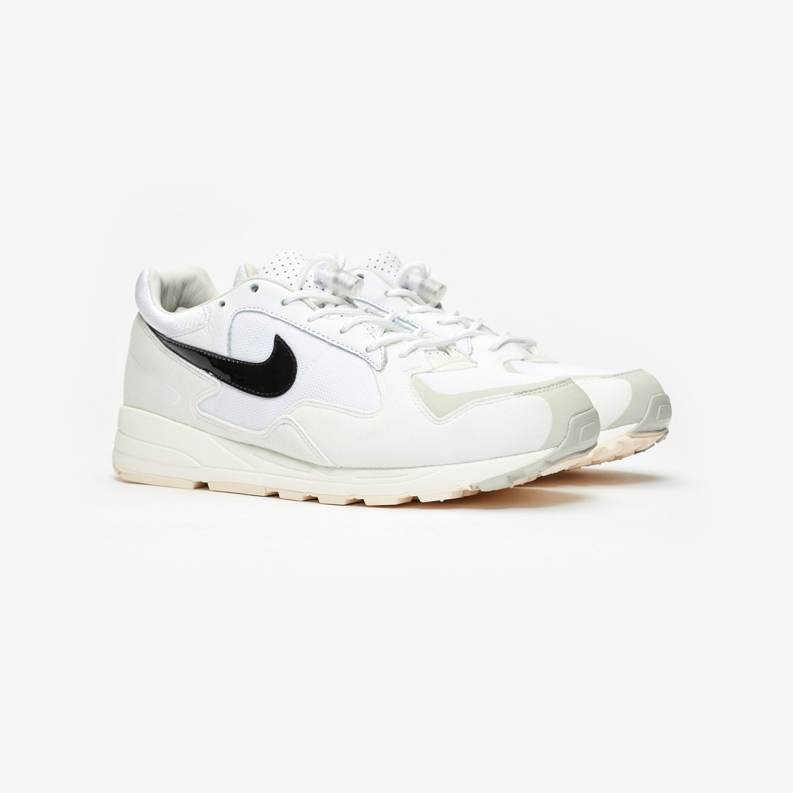 ea9c6d39a1dbb2 Nike Air Skylon II   Fear Of God - Bq2752-100 - Sneakersnstuff ...