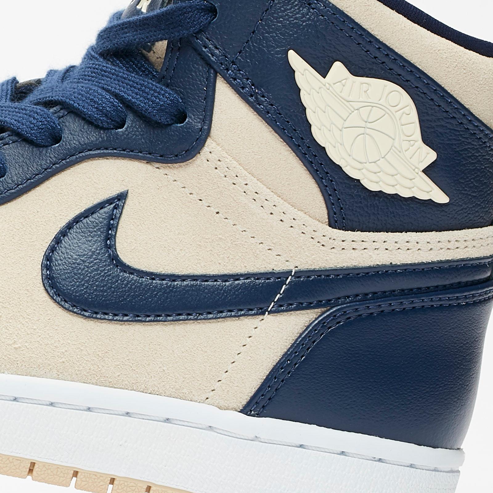 Wmns Air Jordan 1 High 'Navy Cream'
