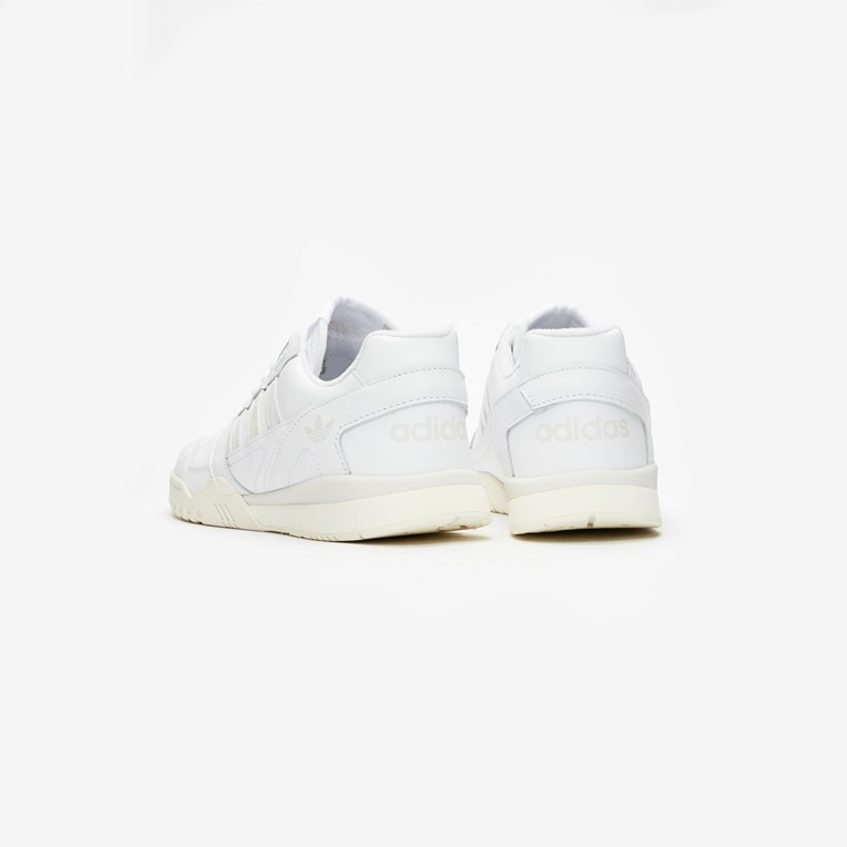 adidas Originals A.R Trainer - 2