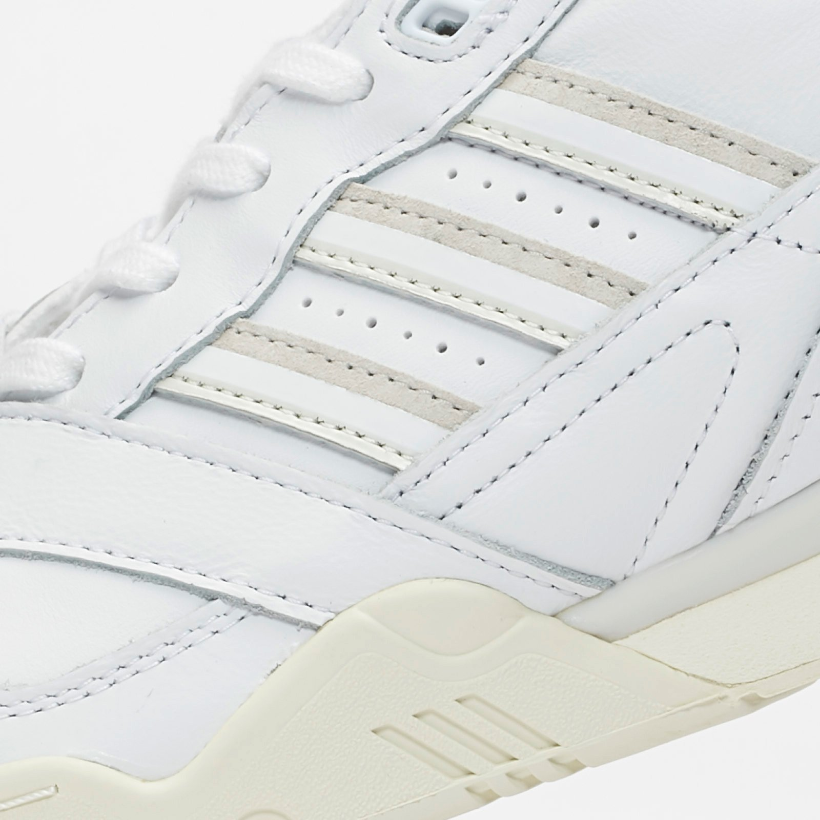A.R. Trainer FTWR White, Raw White & Off White