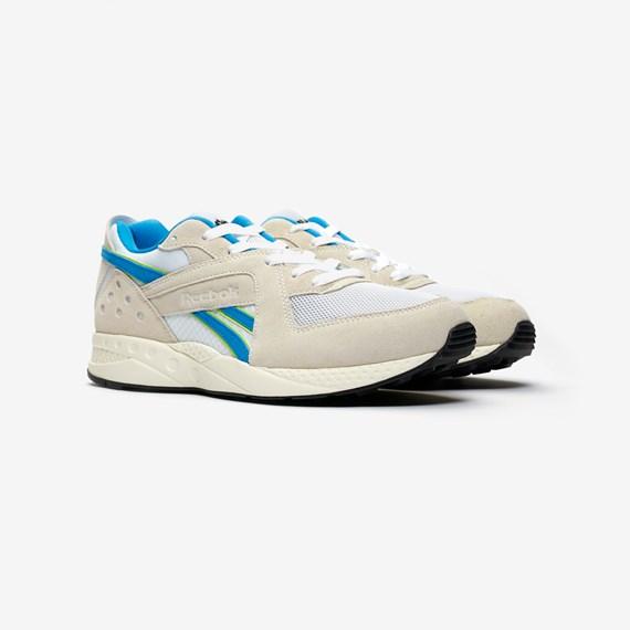 30f4773c36c2 Kommande Släpp - Sneakersnstuff