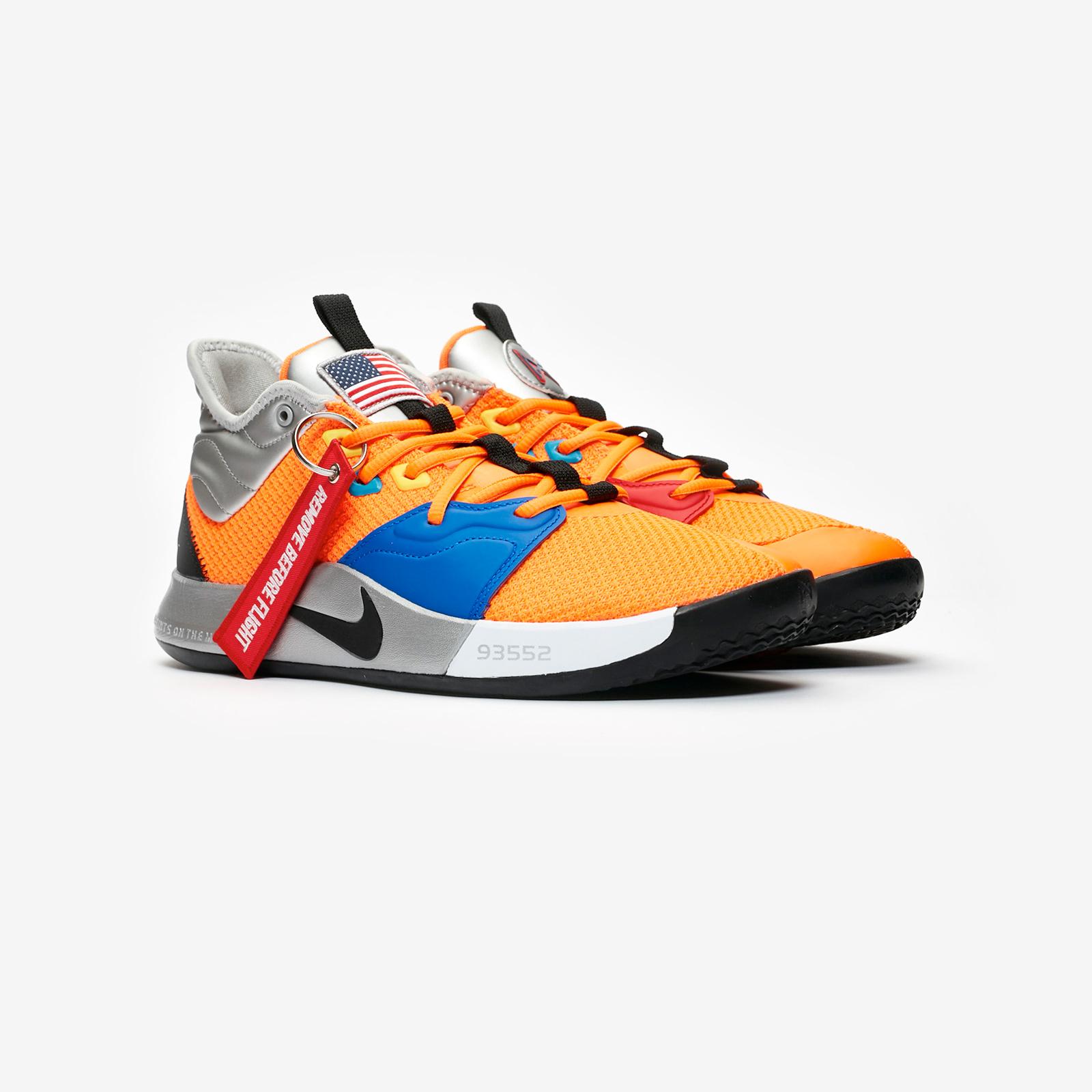 promo code 2cfb3 d0081 Nike Basketball PG 3 NASA