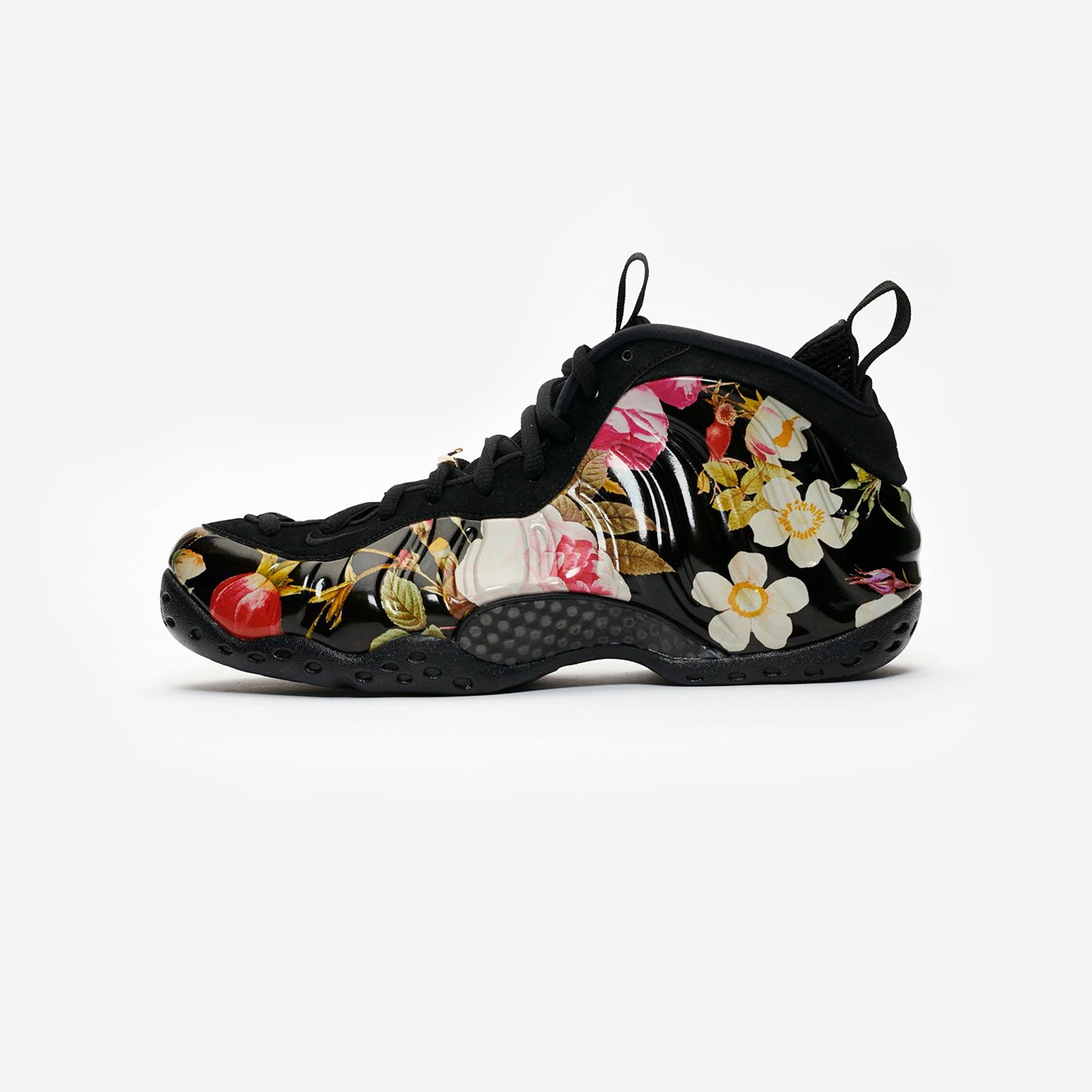 best cheap f5d23 1c4f0 Nike Air Foamposite One - 314996-012 - Sneakersnstuff   sneakers    streetwear online since 1999
