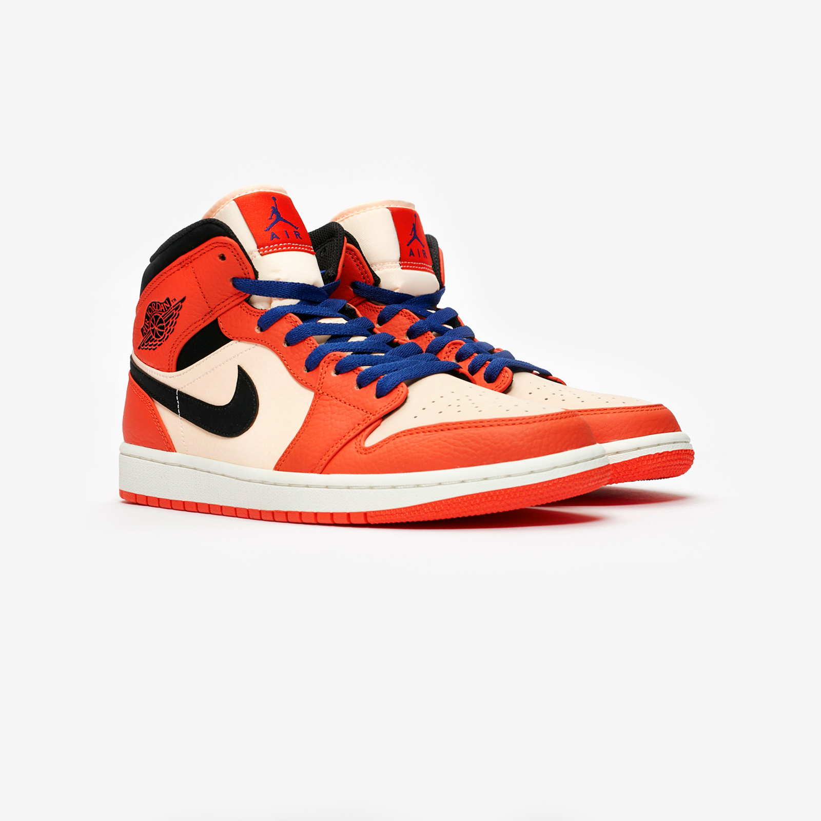 01034420590 Jordan Brand Air Jordan 1 Mid SE - 852542-800 - Sneakersnstuff ...