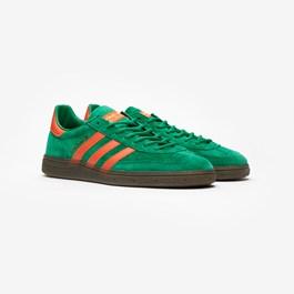 newest 79ebd 02e96 adidas Originals