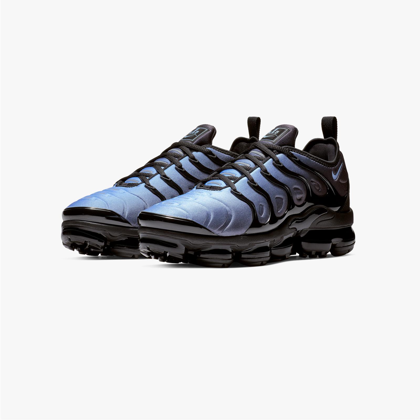 f5c3442ae6 Nike Air Vapormax Plus - 924453-018 - Sneakersnstuff | sneakers &  streetwear online since 1999
