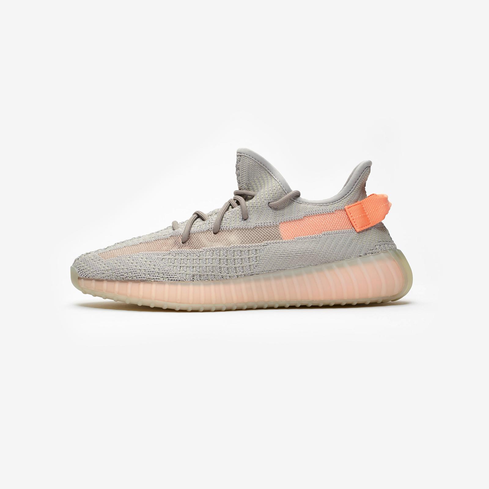 224e34b21739a adidas Yeezy Boost 350 V2 - Eg7492 - Sneakersnstuff