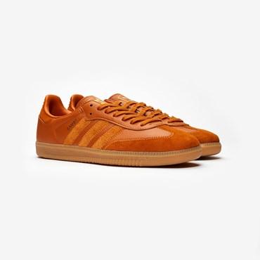 ab90e9bfb11 Rea - Sneakersnstuff | sneakers & streetwear på nätet sen 1999