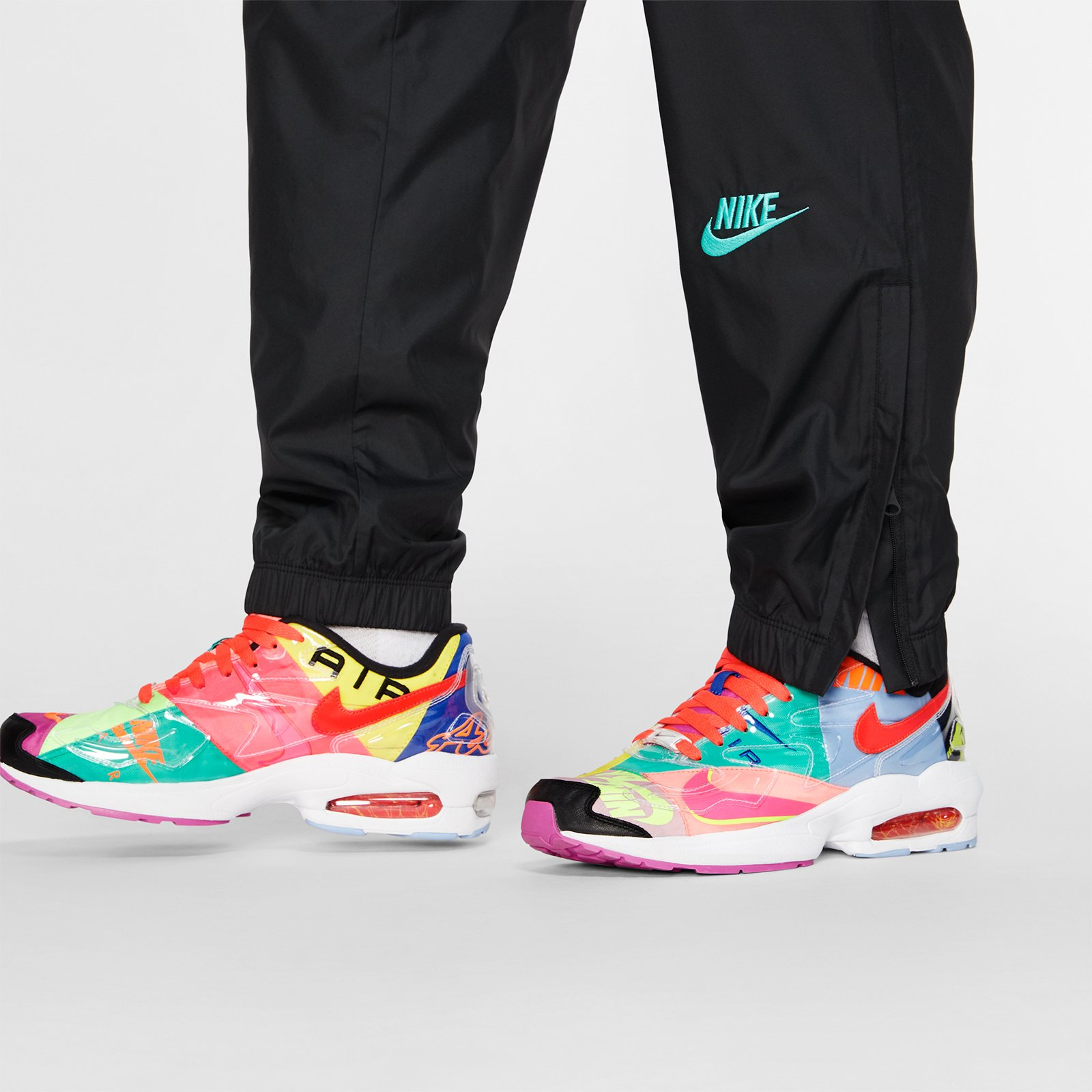 sports shoes a4fcf 0eb81 Nike Sportswear Atmos Vintage Patchwork Track Pant - 4. Close