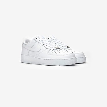 0157d68a3cdee Nike Air Force 1 - Sneakersnstuff