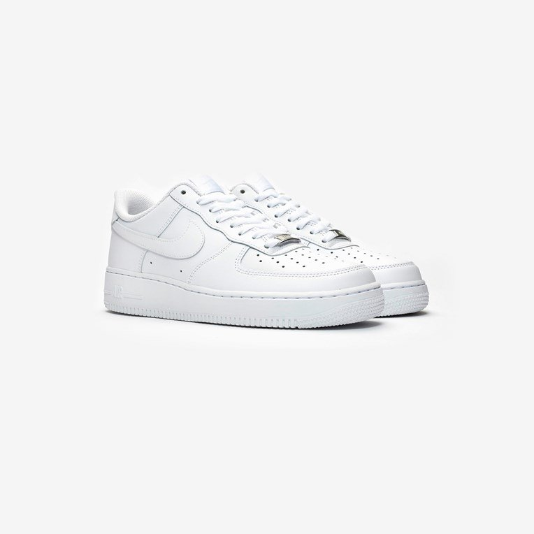 Nike Wmns Air Force 1 07 - 2