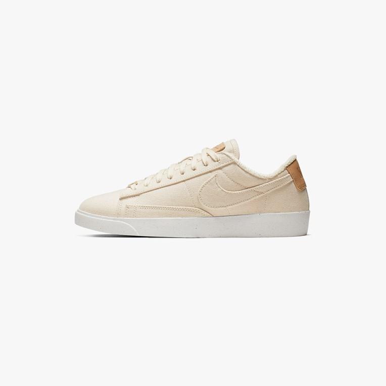 Nike Blazer Low LX - Av9371-102