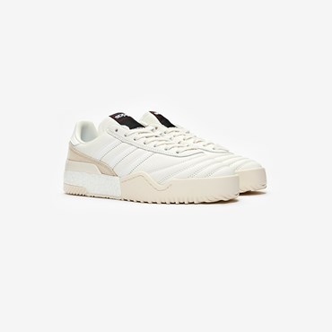 4bc074df24f21 Upcoming Releases - Sneakersnstuff