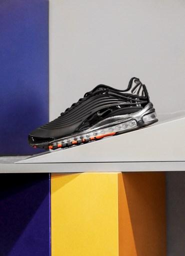 outlet store fa63a 4790c Nike - Sneakersnstuff   sneakers   streetwear på nätet sen 1999